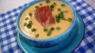 Гороховый крем-суп с копчеными ребрышками