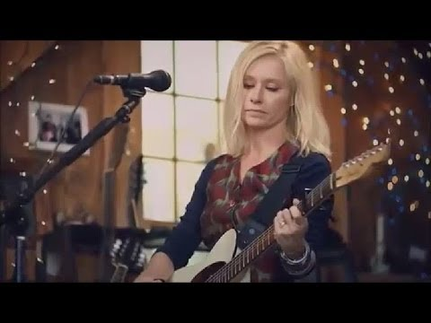 Shelby Lynne 'Leavin' Live From Daryl's House
