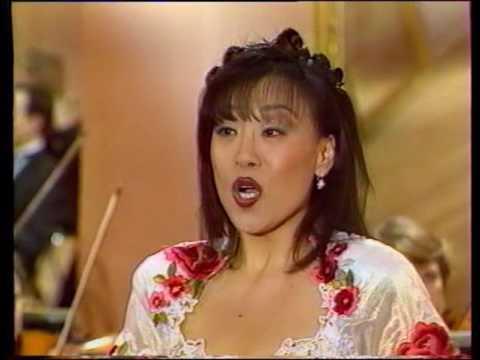 Sumi Jo sings 'Una voce poco fa' (Il Barbiere di Siviglia) 조수미, 세빌리아의 이발사