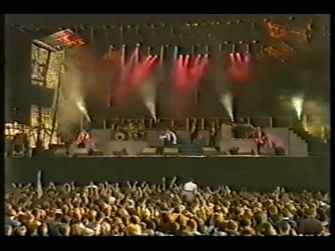 Love Is All Around  (Кавер-версия песни Troggs, Англия, 1966, мод-рок, баллада) - Wet Wet Wet(Шотландия, 1994) - радио версия