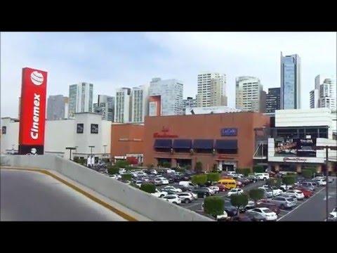 Centro Comercial Centro Santa Fe En La Ciudad de México/SHopping Mall Centro Santa Fe In Mexico City