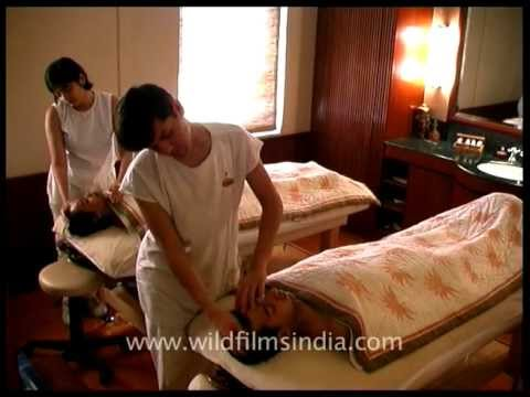 Ayurvedic massage in the Himalaya!