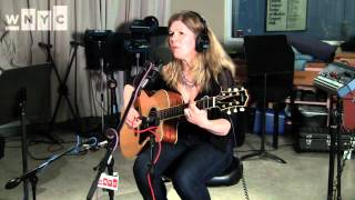 Watch Dar Williams Crystal Creek video