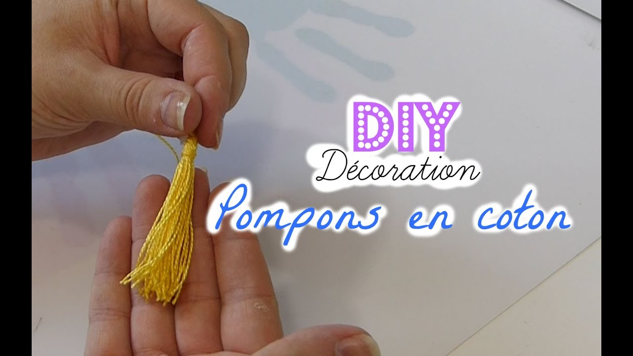 tutoriel n 6 diy faire des pompons avec du fil de coton hyper facile youtube. Black Bedroom Furniture Sets. Home Design Ideas