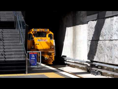 Kiwi Rail Livery Loco DC 4346 Arrives Prime 50mm Lens Canon 7D