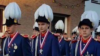 Schützenfest in Gustorf 2015 [Regiments-Parade] am Dienstag