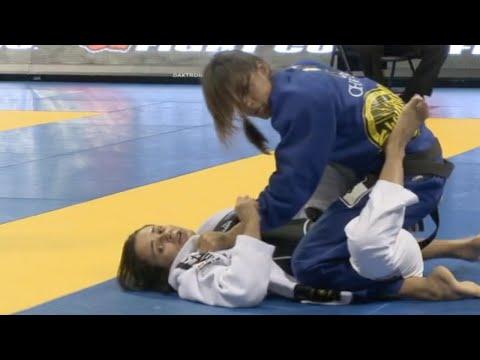 Michelle Nicolini VS Marina Ribeiro / World Championship 2012