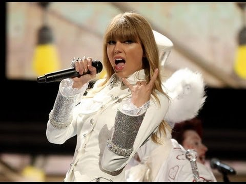 Taylor Swift Disses Harry Styles In Grammys Performance!?!