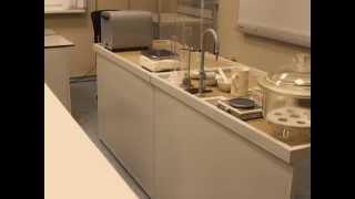 видео лабораторные столы для химии