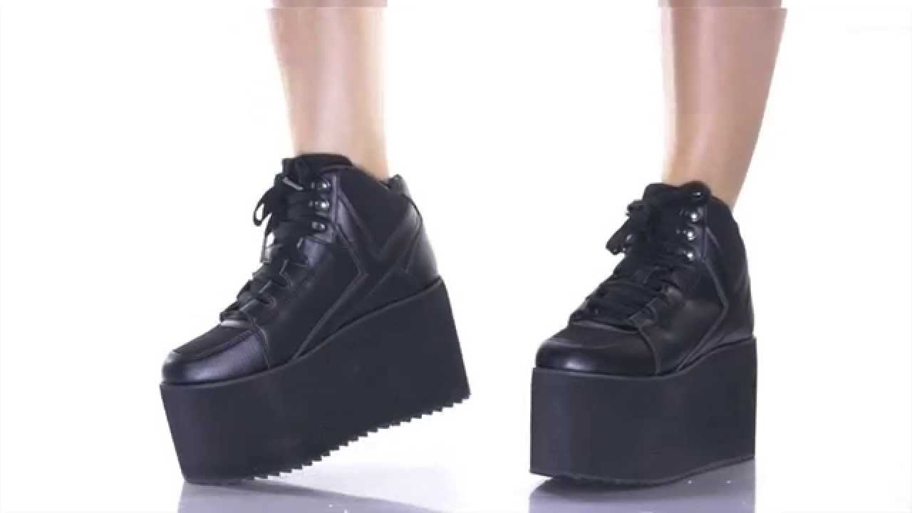 YRU Qozmo Hi Black Platform Sneakers
