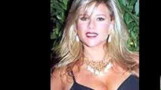 Watch Samantha Fox Walking On Air video