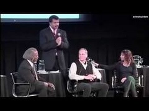 Neil DeGrasse Tyson Freaks Out When Physicist James Gates Finds Intelligent Code in Fabric of Space