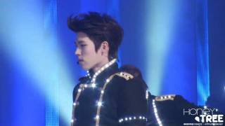 111230 KBS Gayo Daejun Paradise and Be Mine (Woohyun).mp4