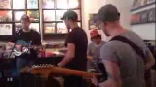 Homeshake - Moon Woman (Sonorama in-store Pop Montreal 2013) Thumbnail
