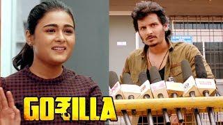 2019 Tamil Movie | Gorilla Scenes | Public come out in support of Jiiva | Sathish | Radha Ravi
