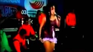 Download Video Koplo Hot Dangdut 2014 - Desahan Biduan Montok MP3 3GP MP4