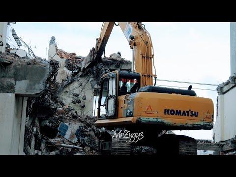 Demolition Excavator Working Volvo EC210B Komatsu PC210