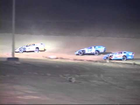 """2014 UMP DIRTCar Modifieds """"Ice Breaker 30"""" At I 96 Speedway"""