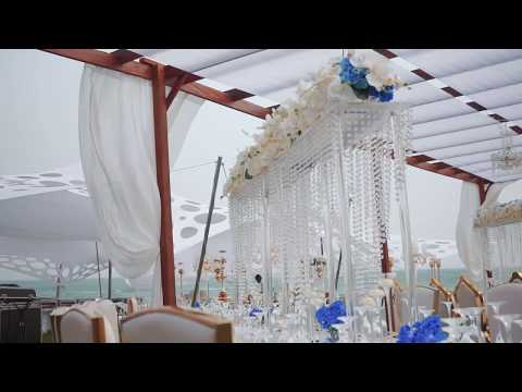 Stunning Ghanaian Beach Wedding Decor by Unique Floral | Tak