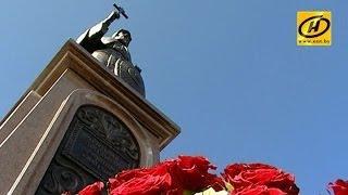 Памятник преподобному Сергию Радонежскому торжественно открыли в Минске(В 2014 году православная церковь празднует 700-летие со дня рождения величайшего подвижника, который в XIV веке..., 2014-06-23T15:43:38.000Z)