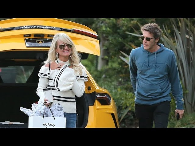 Laeticia Hallyday's New Beau Emanuele Di Savoia Takes Her Out For A Fun Day In Venice, CA