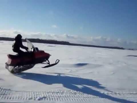 Снегоход 'Зимогор'. Испытание подвески.