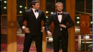 Neil Patrick Harris And Hugh Jackman Duet At 2011 Tony Awards Subtitulos Español Youtube