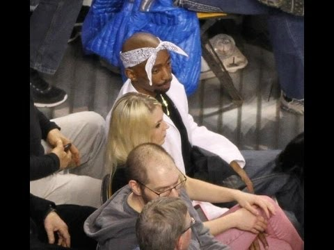 Tupac look a like at Celtics Warriors Game