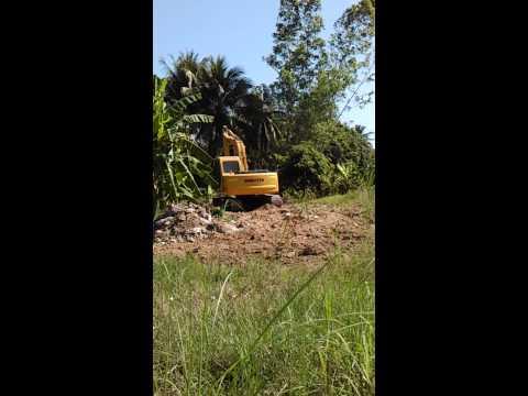 Exercise of KOMATSU PC120-6 Land Clearing