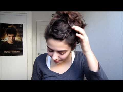 Cute& Sweet Curly Ponytail Hairstyle thumbnail