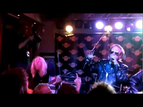 Judas Priest Tribute   Painkiller live at Hardrock Cafe Oslo 1406 2011 Breaking the Law