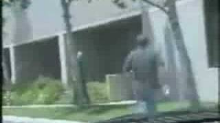 This is pretty funny. A guy dares his buddy to run up to a cop and ...