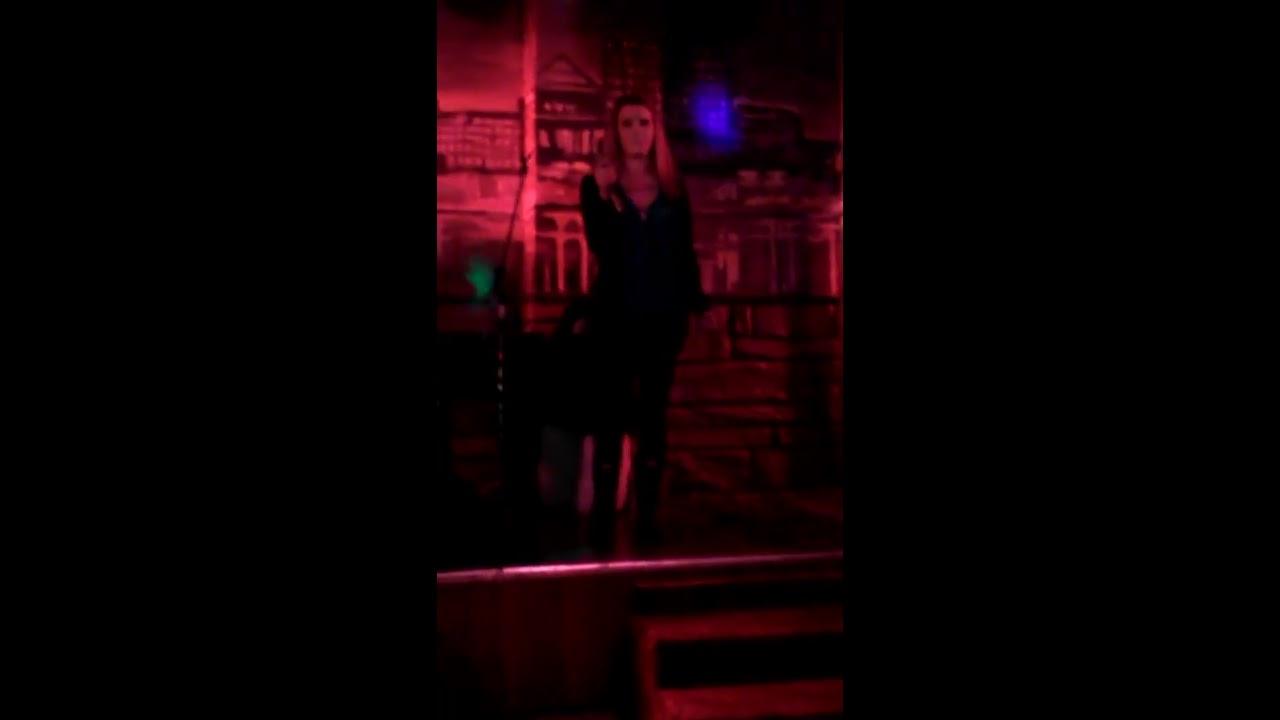 Kings of Leon - Sex On Fire - Karaoke Direct