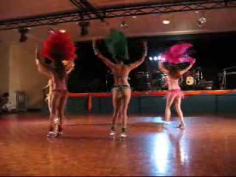 Brazilian Samba in Brisbane - Sambeleza dancers