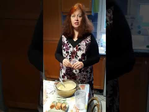 une-maman-et-aesh-en-confinement-propose-une-pâte-à-crêpes,-avec-des-problèmes-de-maths.