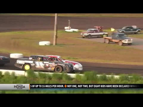 Opening night at the Gallatin Speedway