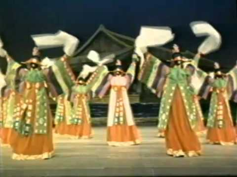 Korean Dances (1977)
