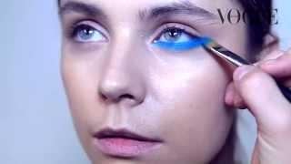 Как нарисовать правильные стрелки на глазах: видеоинструкция