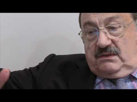 Umberto Eco au Louvre - Interview partie 1