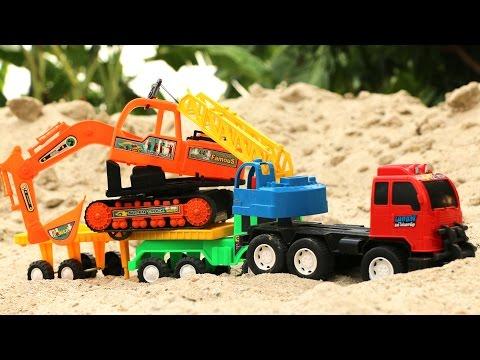 รถเครน ยกลาก รถแม็กโคร ที่พังออกจากที่ก่อสร้าง | crane and excavator at in the Building.