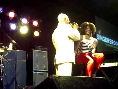 DruHill's Sisqo sings for fans at B.B.Kings for @RnB_Spotlight