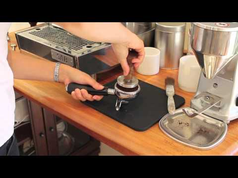 Using Eazytamp Coffee Tampers with a Diamond Italia Coffee Machine