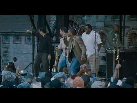 Kanye West  feat. Talib Kweli & Common  get 'em high live at Dave Chappelle's Block Party