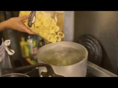 S 39 amuser avec la cuisine italienne d 39 apogei les deux - Youtube cuisine italienne ...