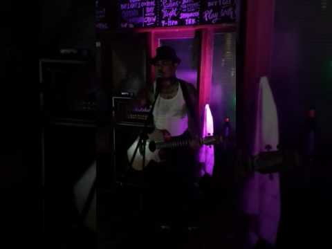 JRX Angels Wings (Cover Social Distortion) At Camden Bar Gandaria