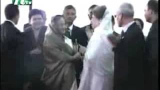 দেখুন দুই নেএী  সাক্কাতে কি বলে...Khaleda Zia & Sheikh Hasina .