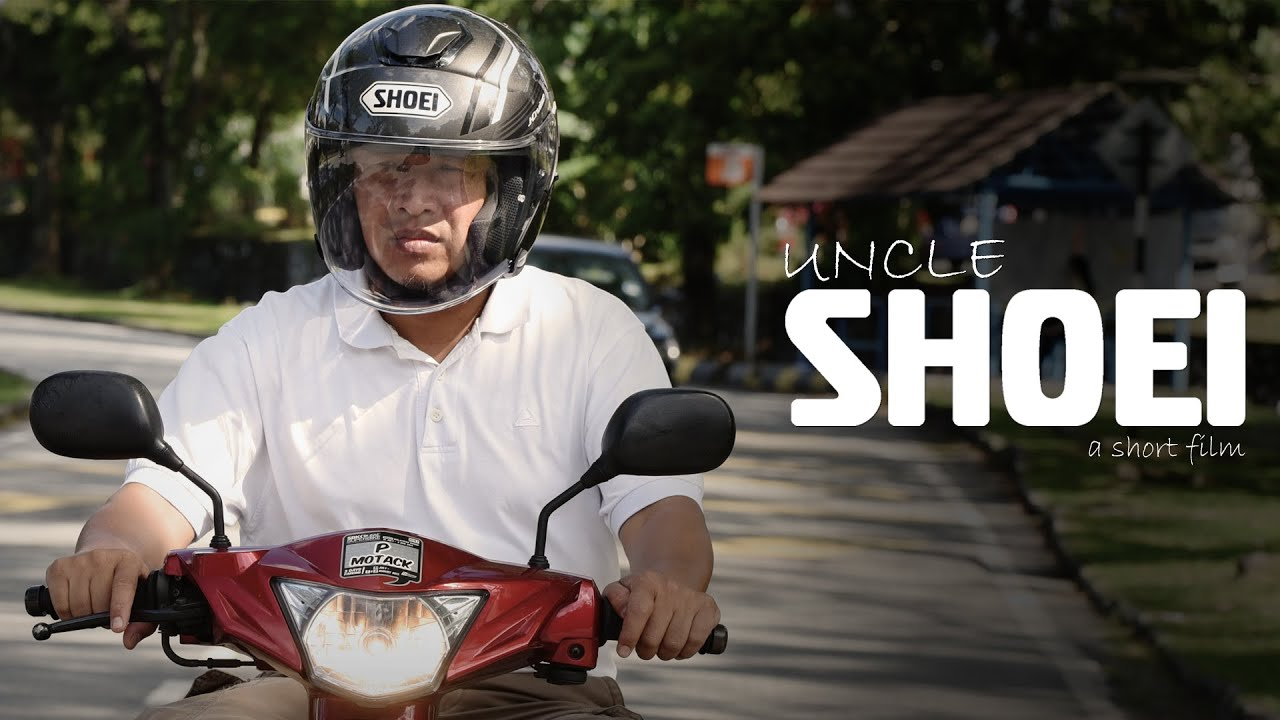 Shoei J Cruise Solid Helmet Review - YouTube