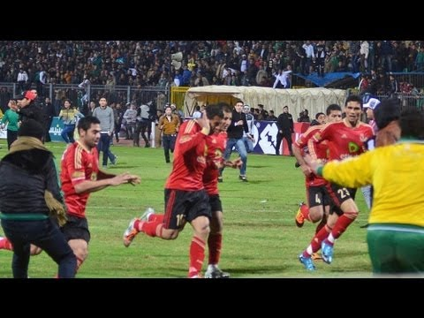 Egypt: More than 70 killed in football violence