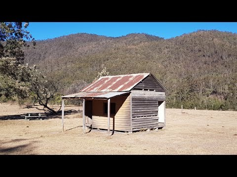 Finding buried treasure at an abandoned Australian 1850s goldrush Ghost Town!