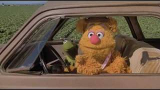 Video Movin' Right Along - Kermit the Frog and Fozzie Bear download MP3, 3GP, MP4, WEBM, AVI, FLV November 2018